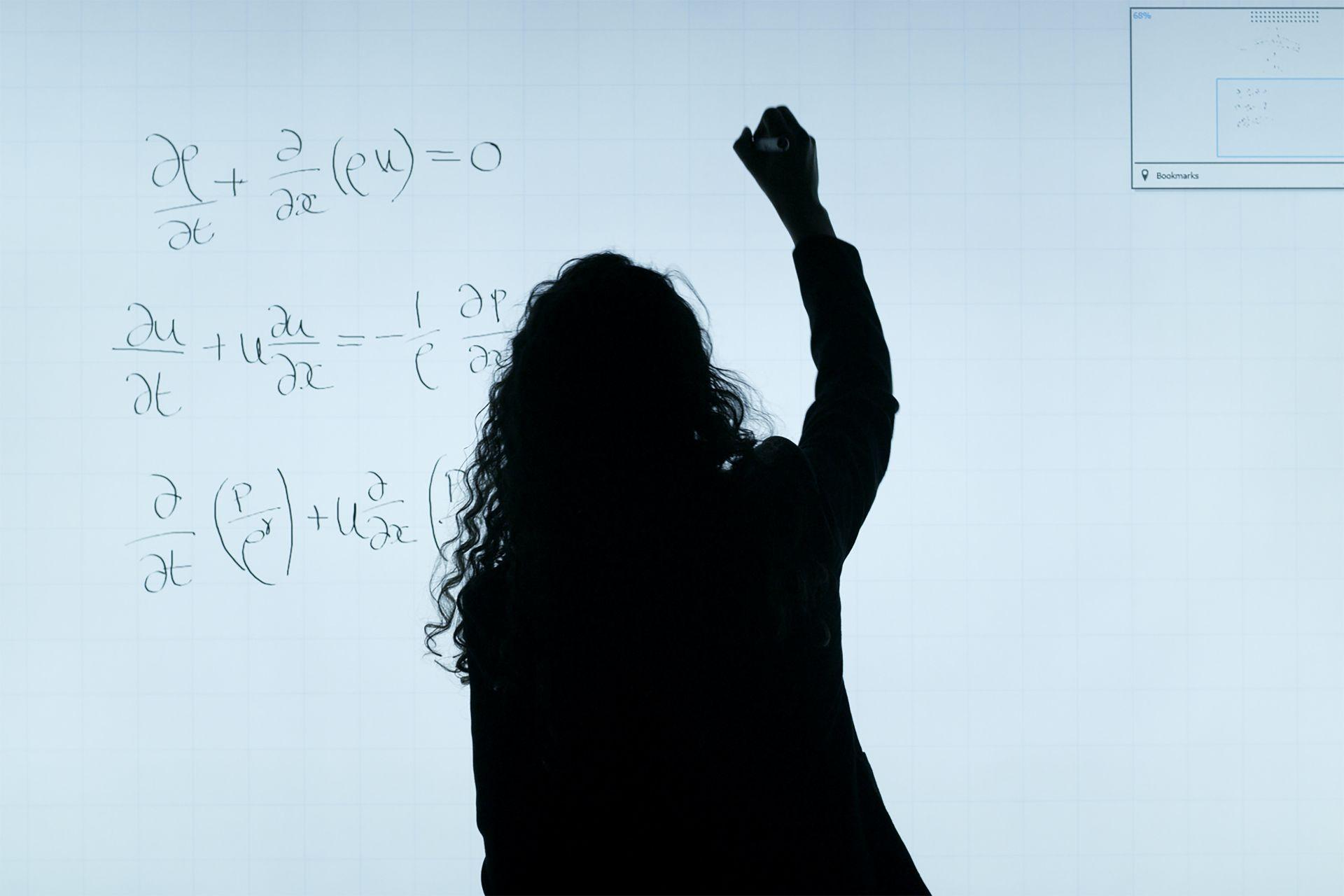 Herramientas tecnológicas para impartir matemáticas